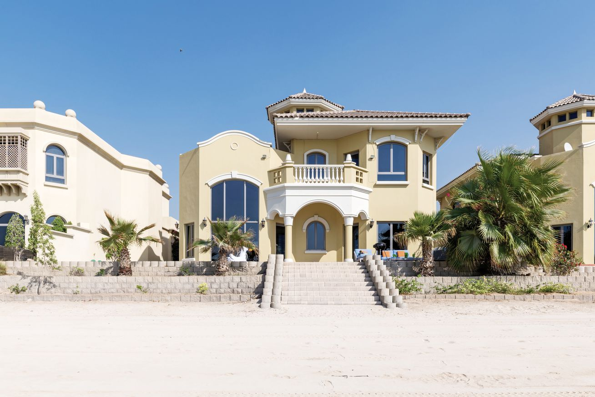 The Palm Jumeirah Villas Frond E