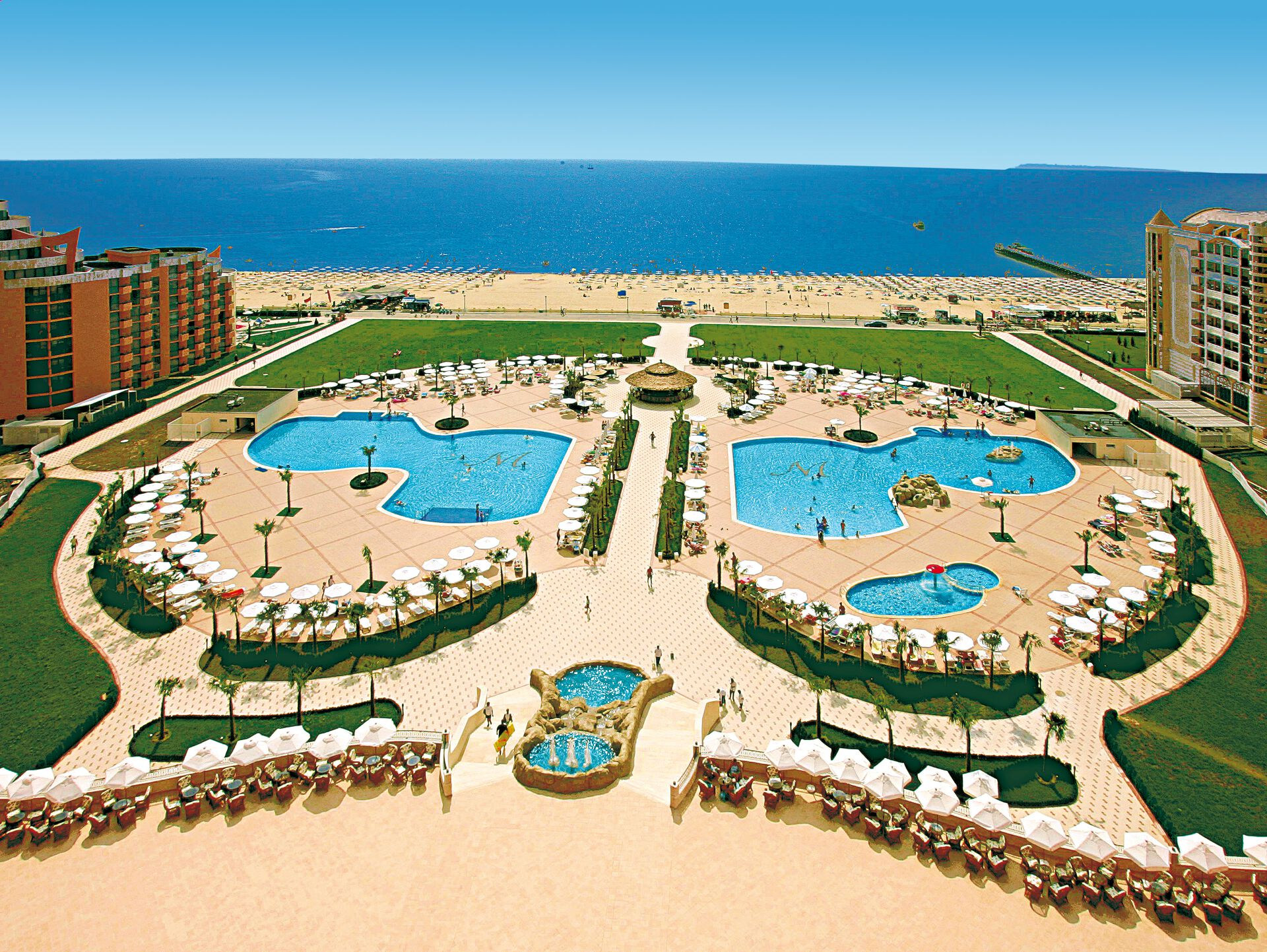 Hôtel DIT Majestic Beach Resort 4*
