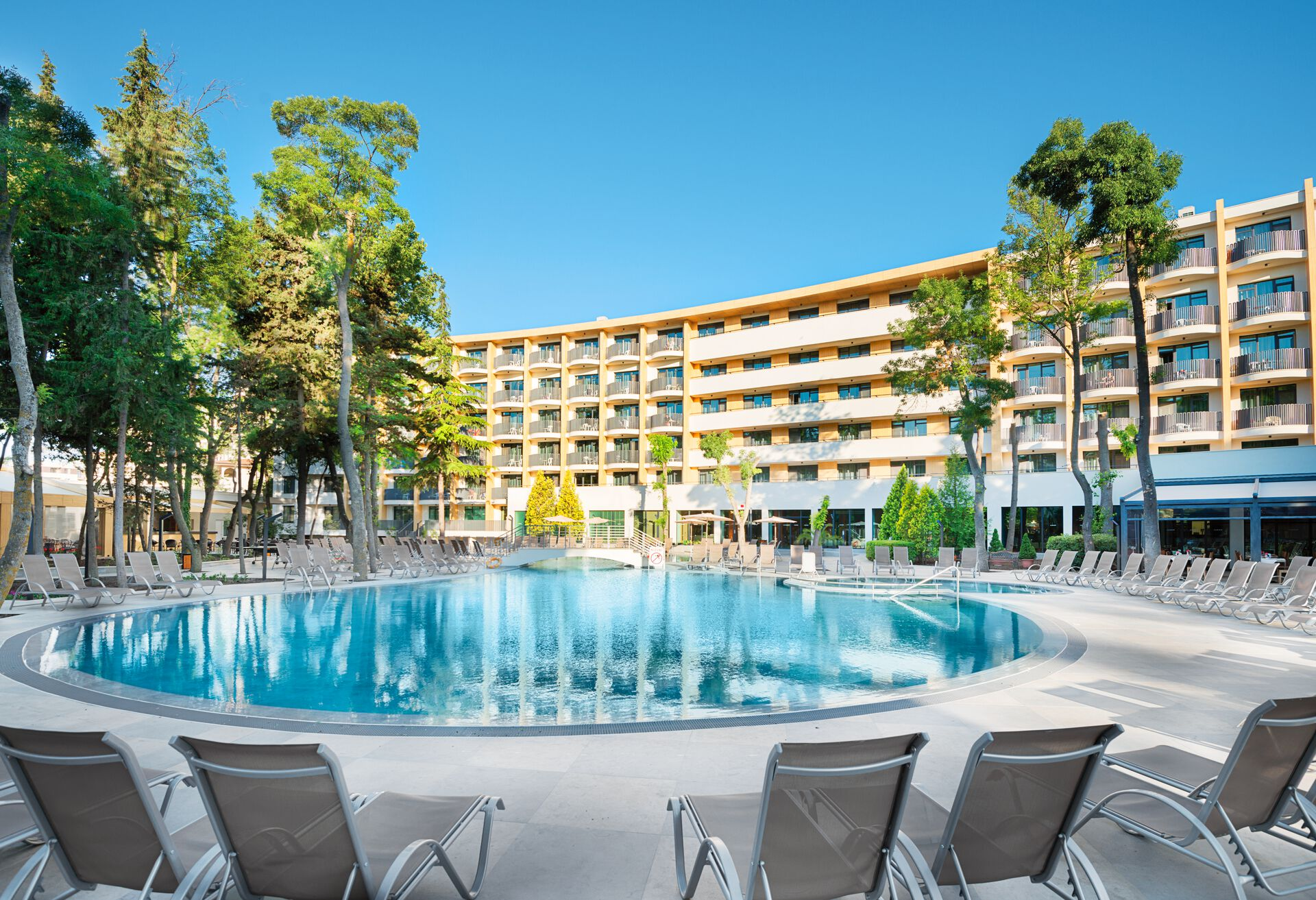 Hôtel HVD Club Bor 4*