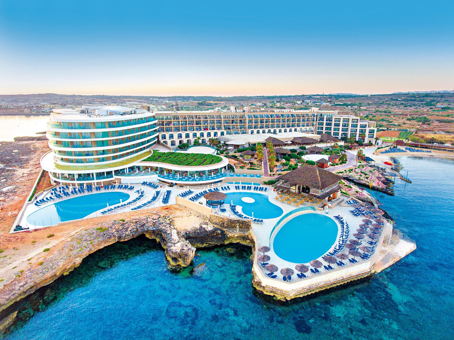 Ramla Bay Resort - 4*