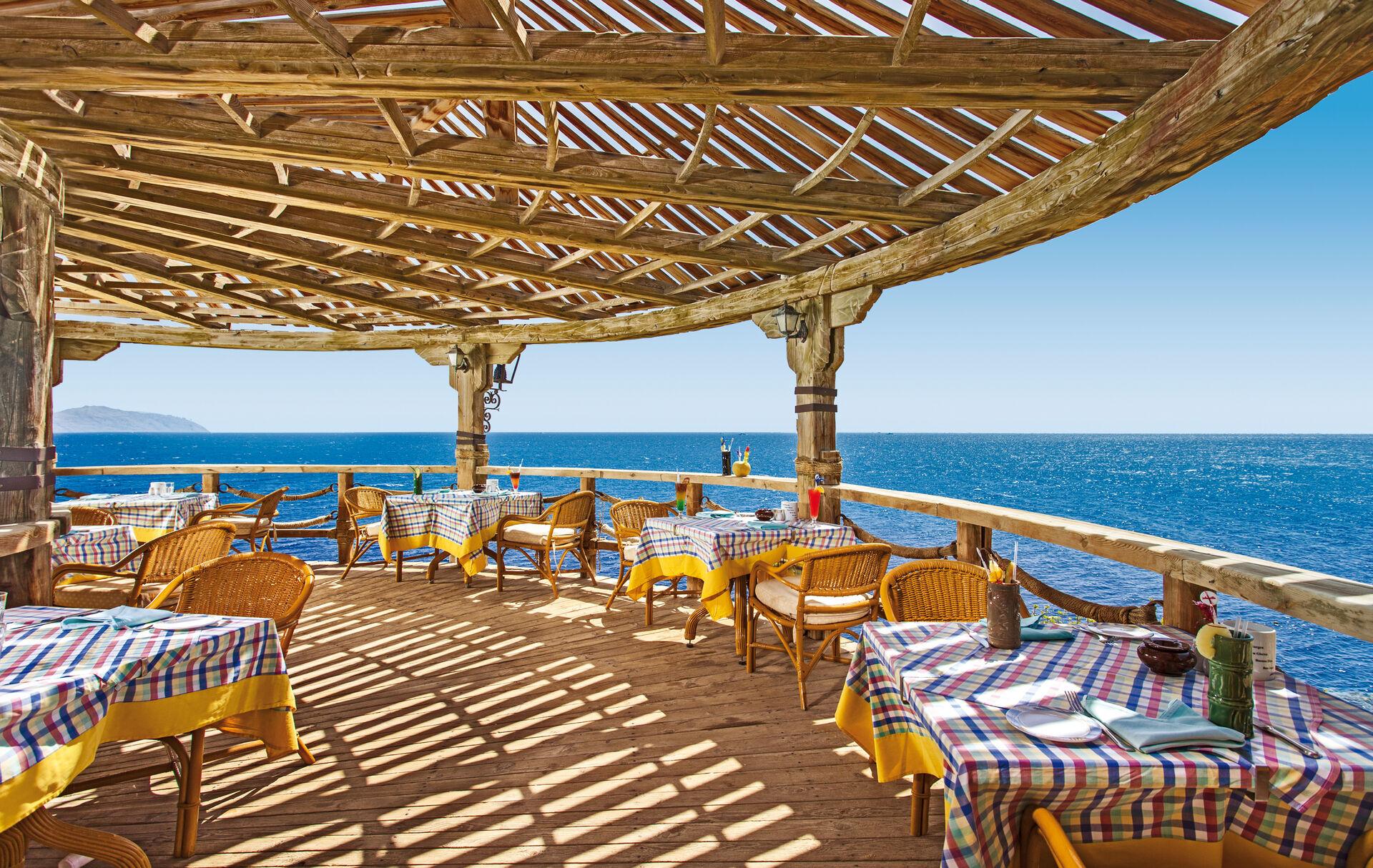 Jolie Ville Golf & Resort - 4*