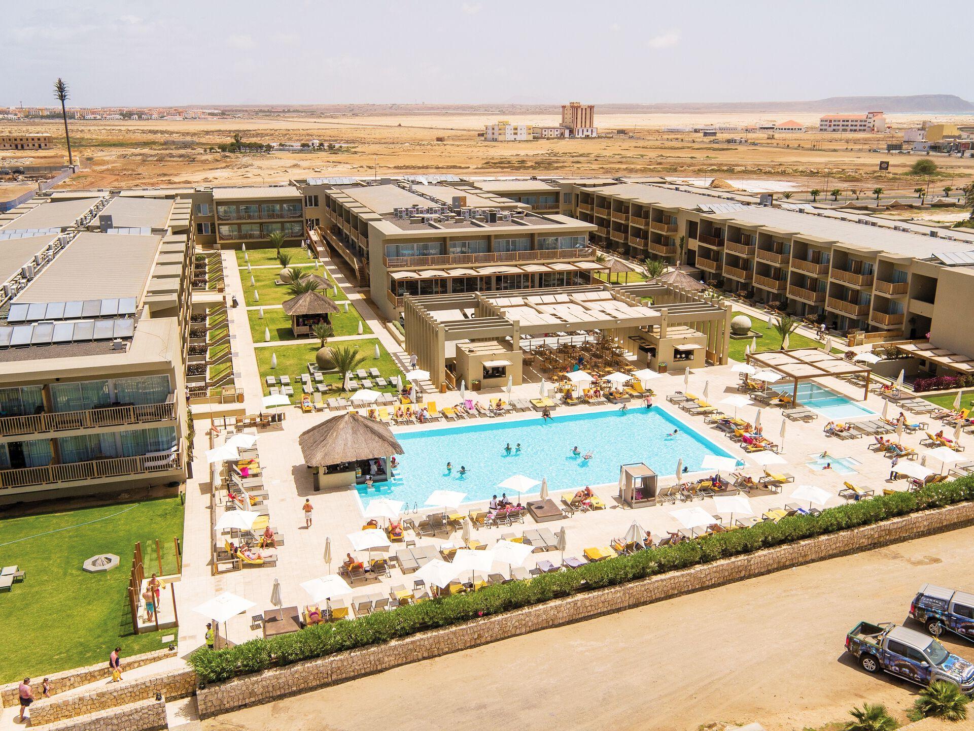 Hotel Oásis Atlântico Salinas Sea - 5*