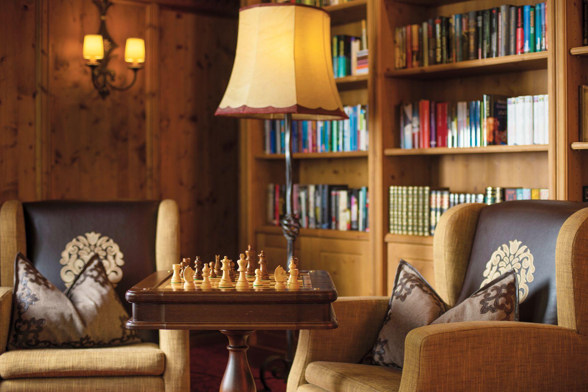 Hotel-Bibliothek im Hotel Völserhof