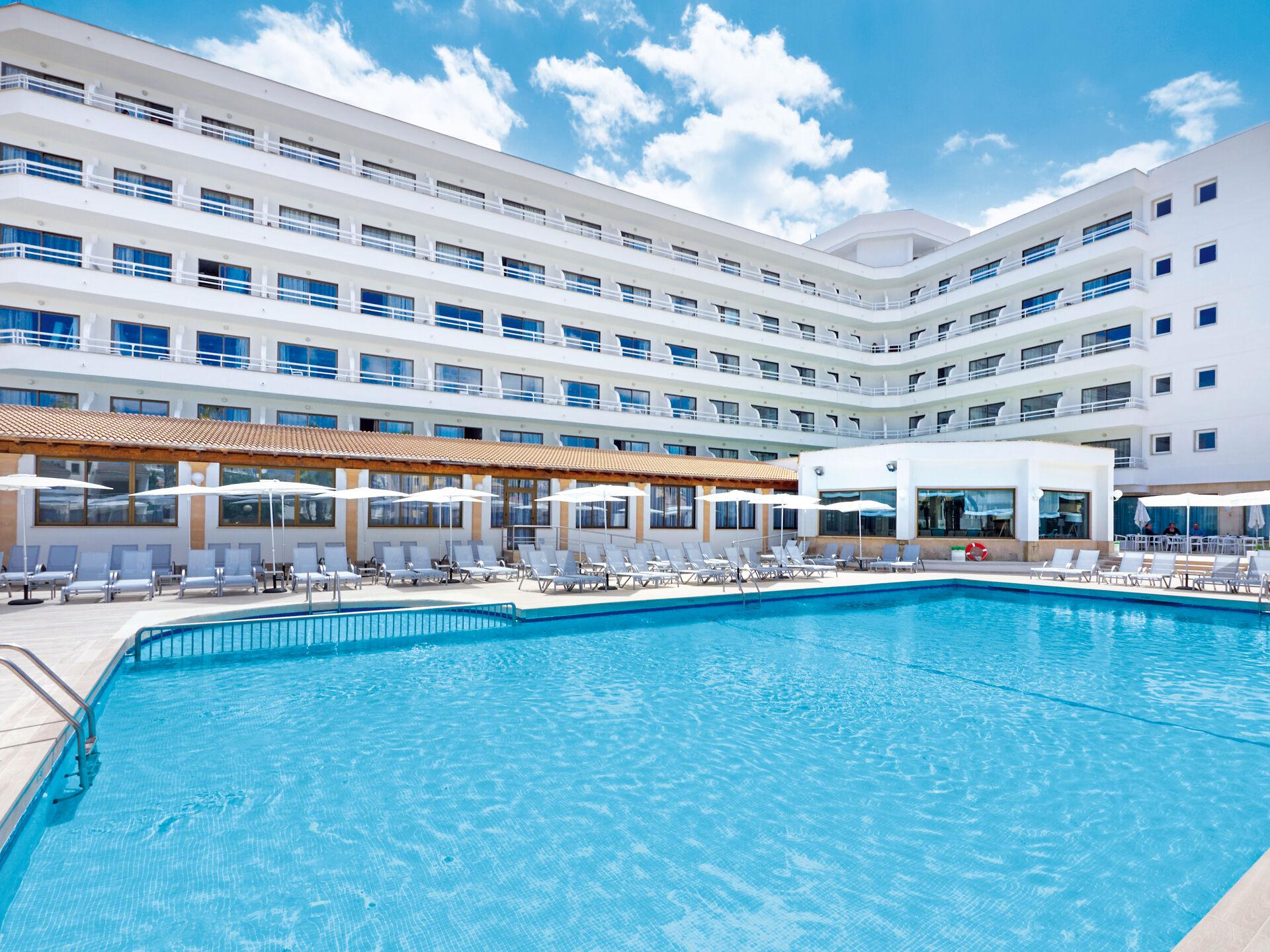BQ Hôtel Ca'n Picafort - 4*