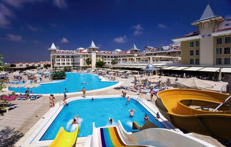 Side Star Resort -