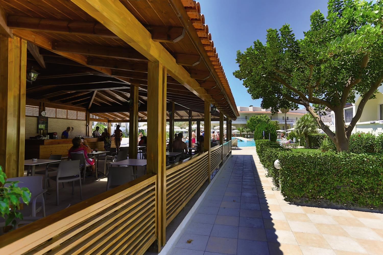 Hôtel Niriides Beach -