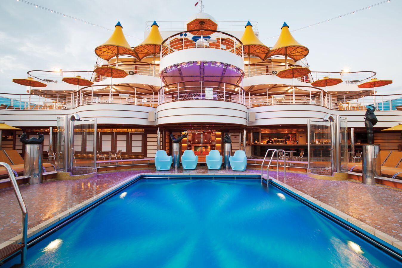 Costa Fascinosa-Pool ©Costa