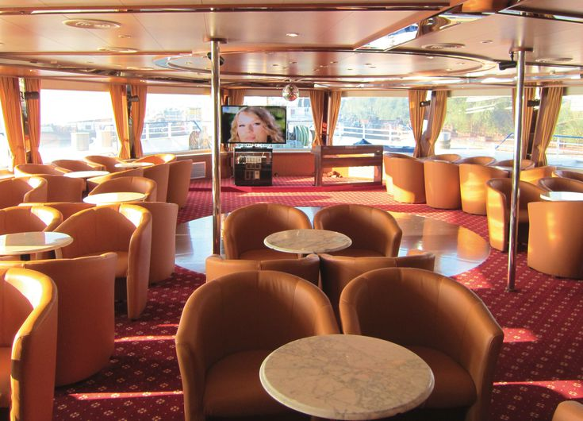 MS Moldavia-Lounge