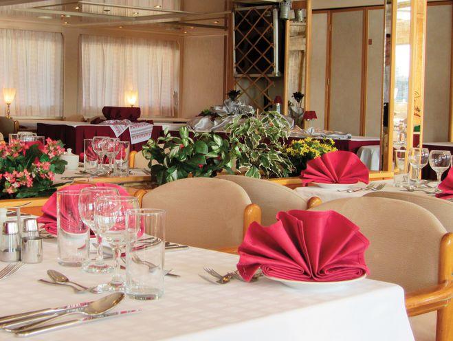 MS Moldavia-Restaurant