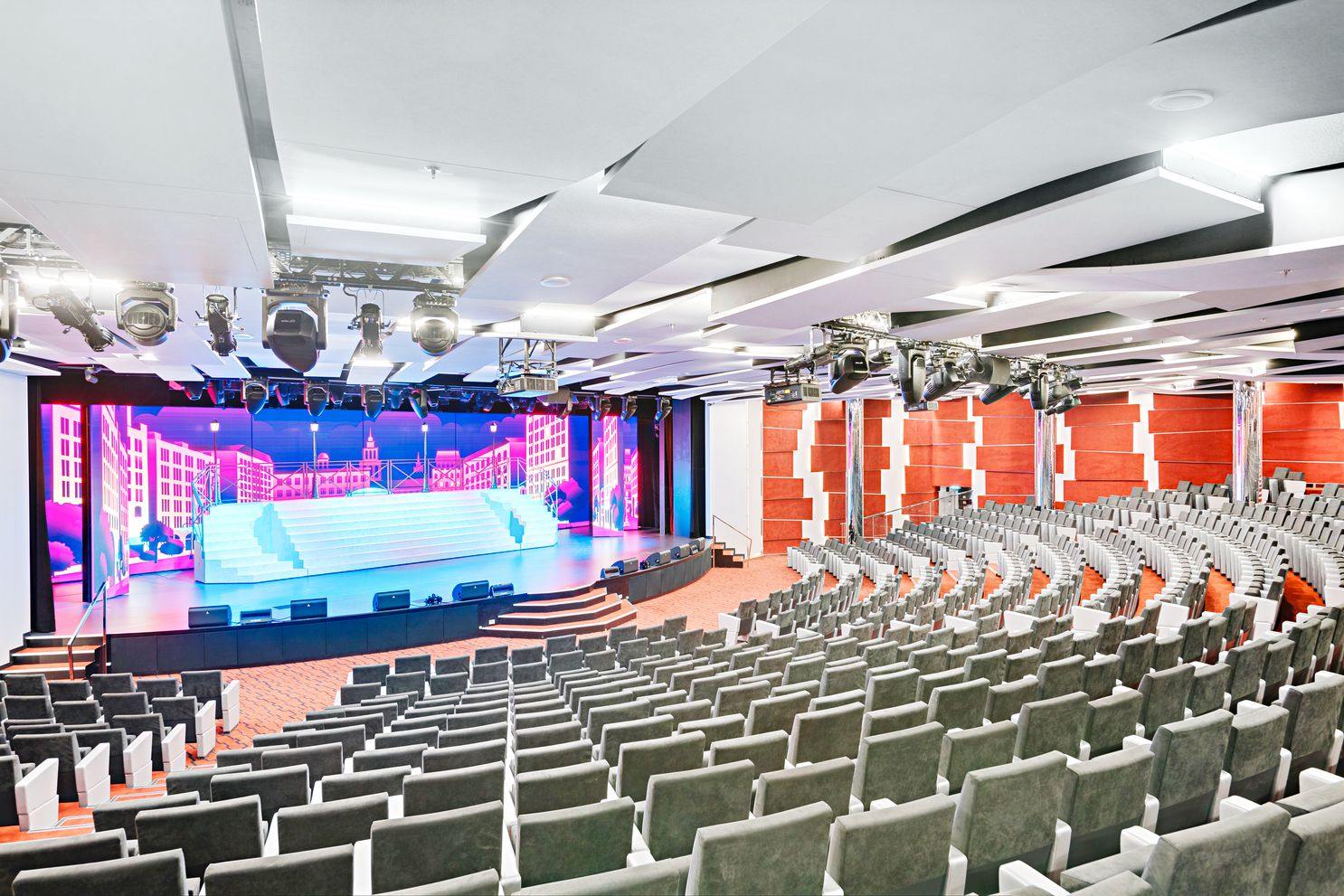 MSC Seaview-Odeon Theater
