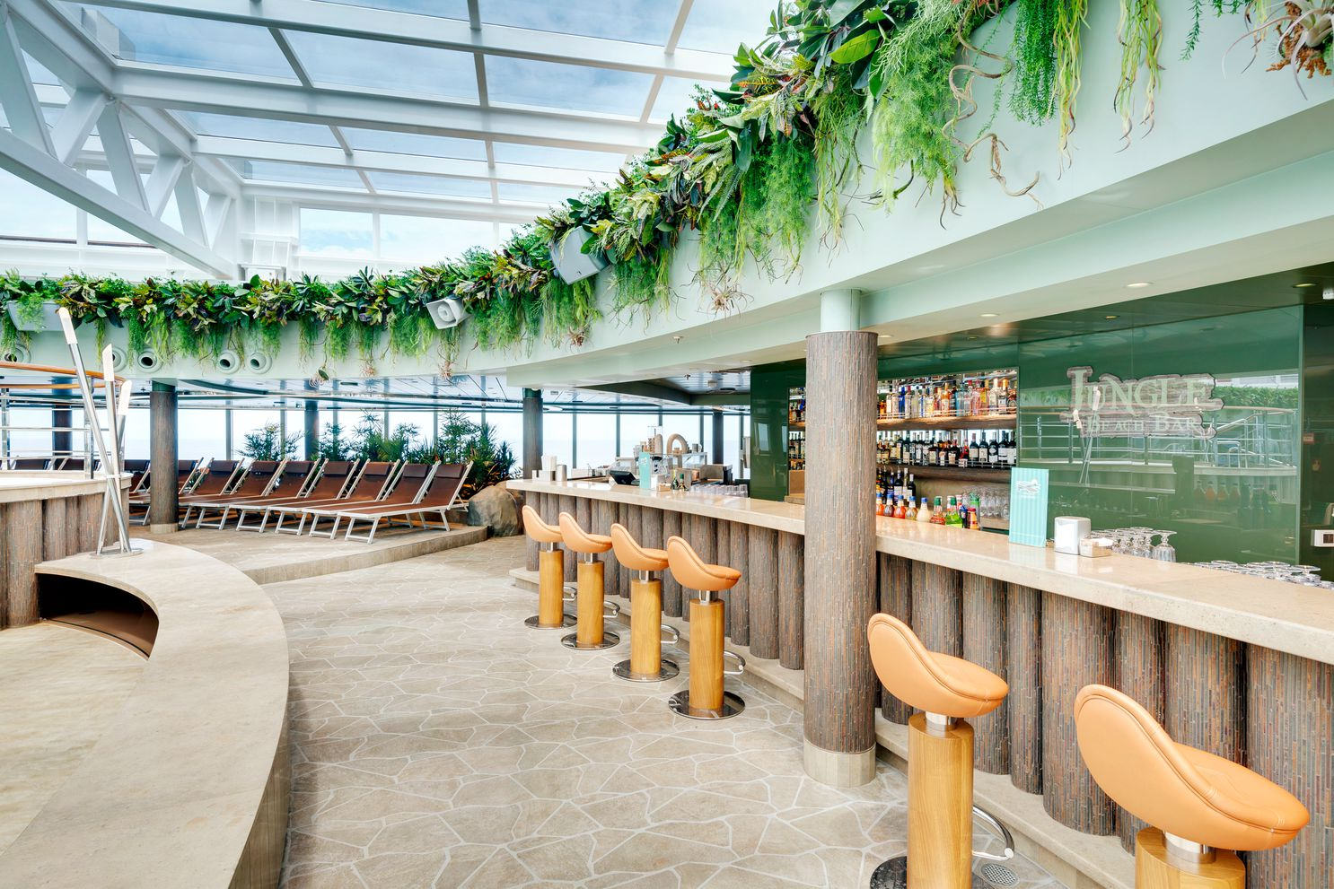 MSC Seaview-Jungle Beach Bar
