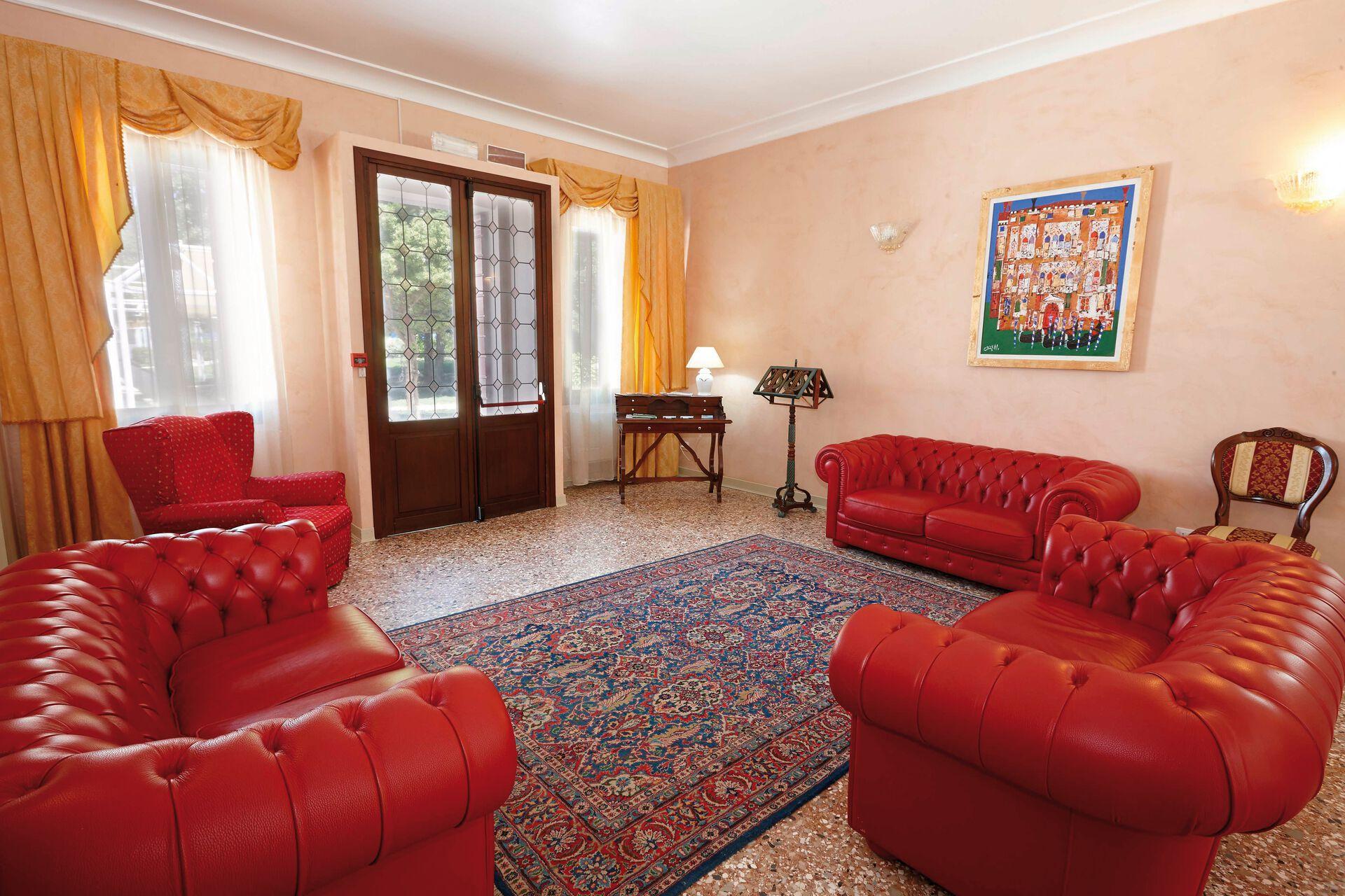 Loungein Ihrem 4-Sterne-Hotel Villa Patriarca