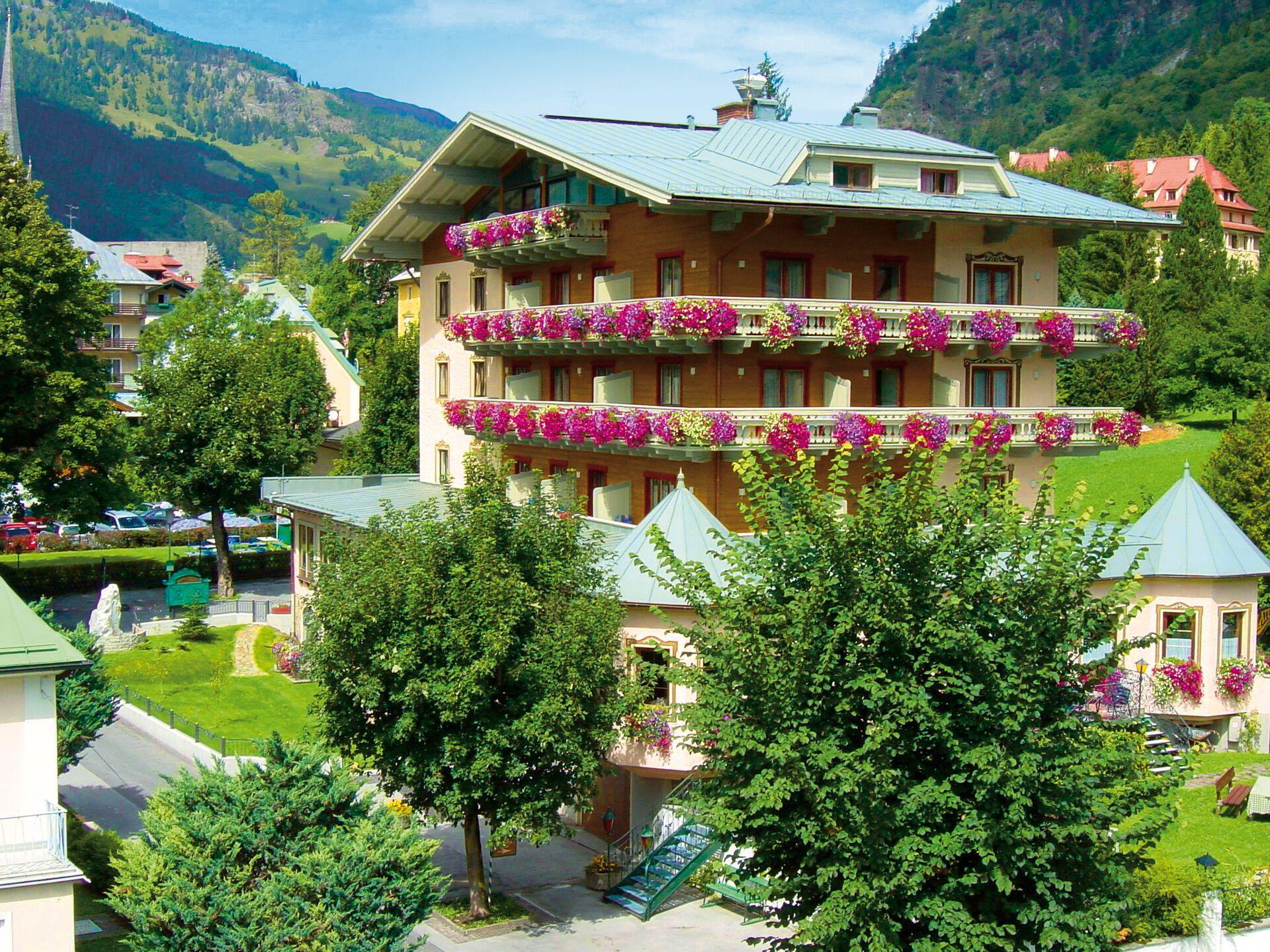 Herzlich willkommen in Ihrem 4*-Hotel Völserhof