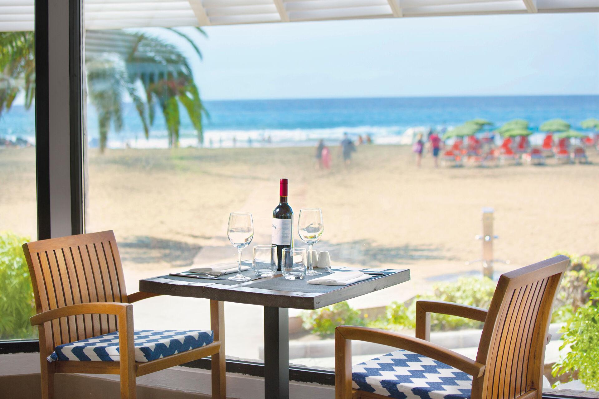 Corallium Beach by Lopesan Hotels - 3*