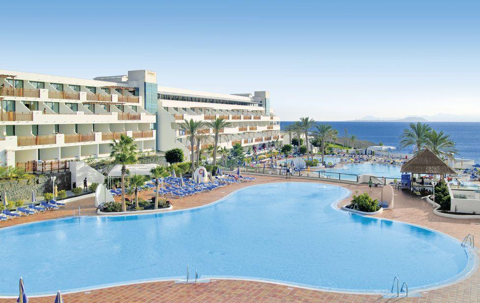 Sandos Papagayo Beach Resort - 4*