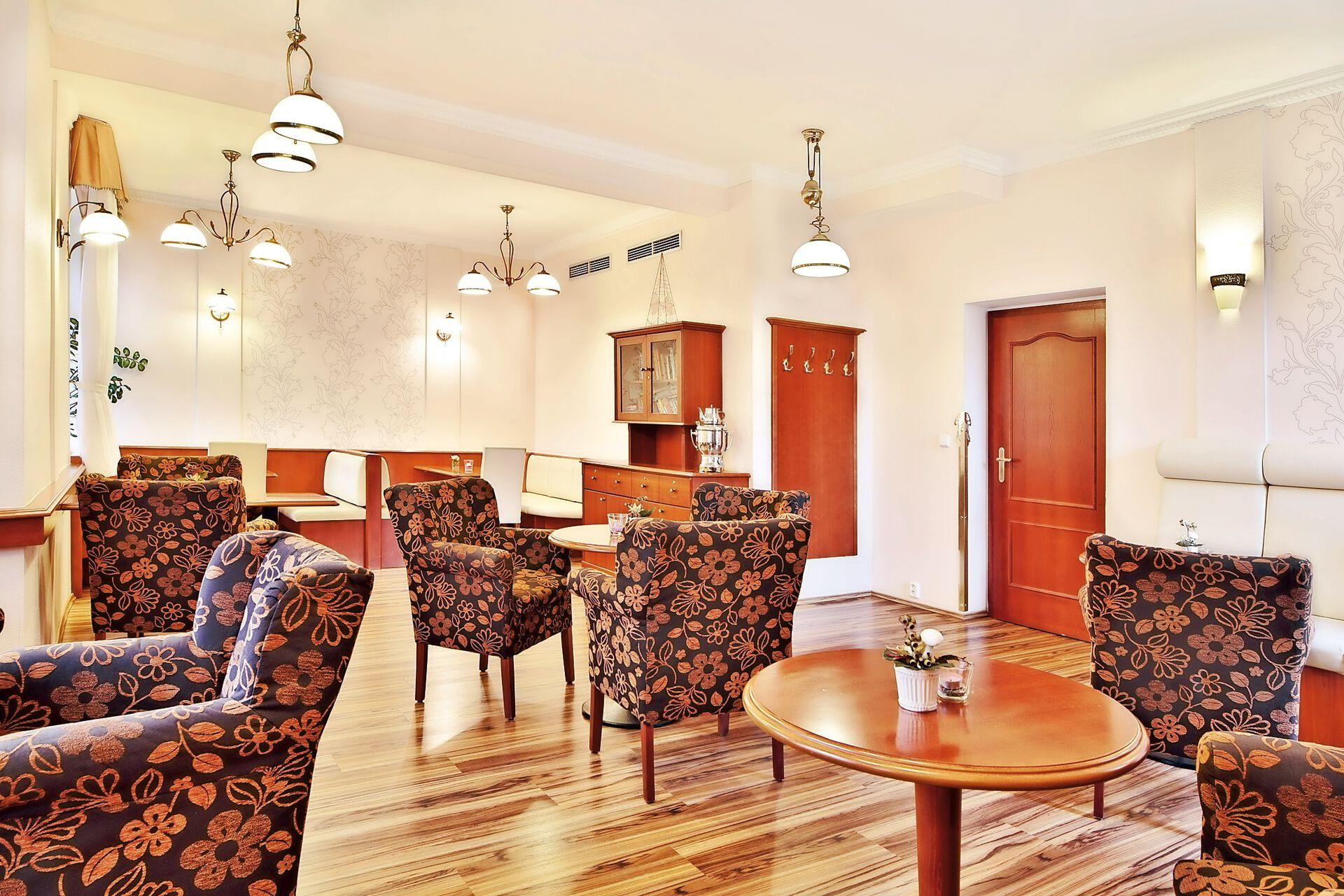 Loungebereich in Ihrem 4 Sterne Villa Savoy Spa Park Hotel