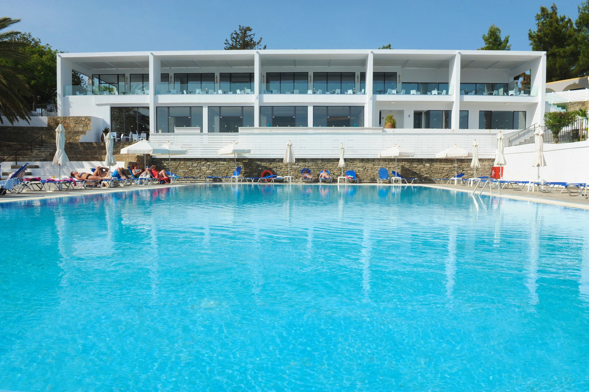 Hotel Ellia - 3*