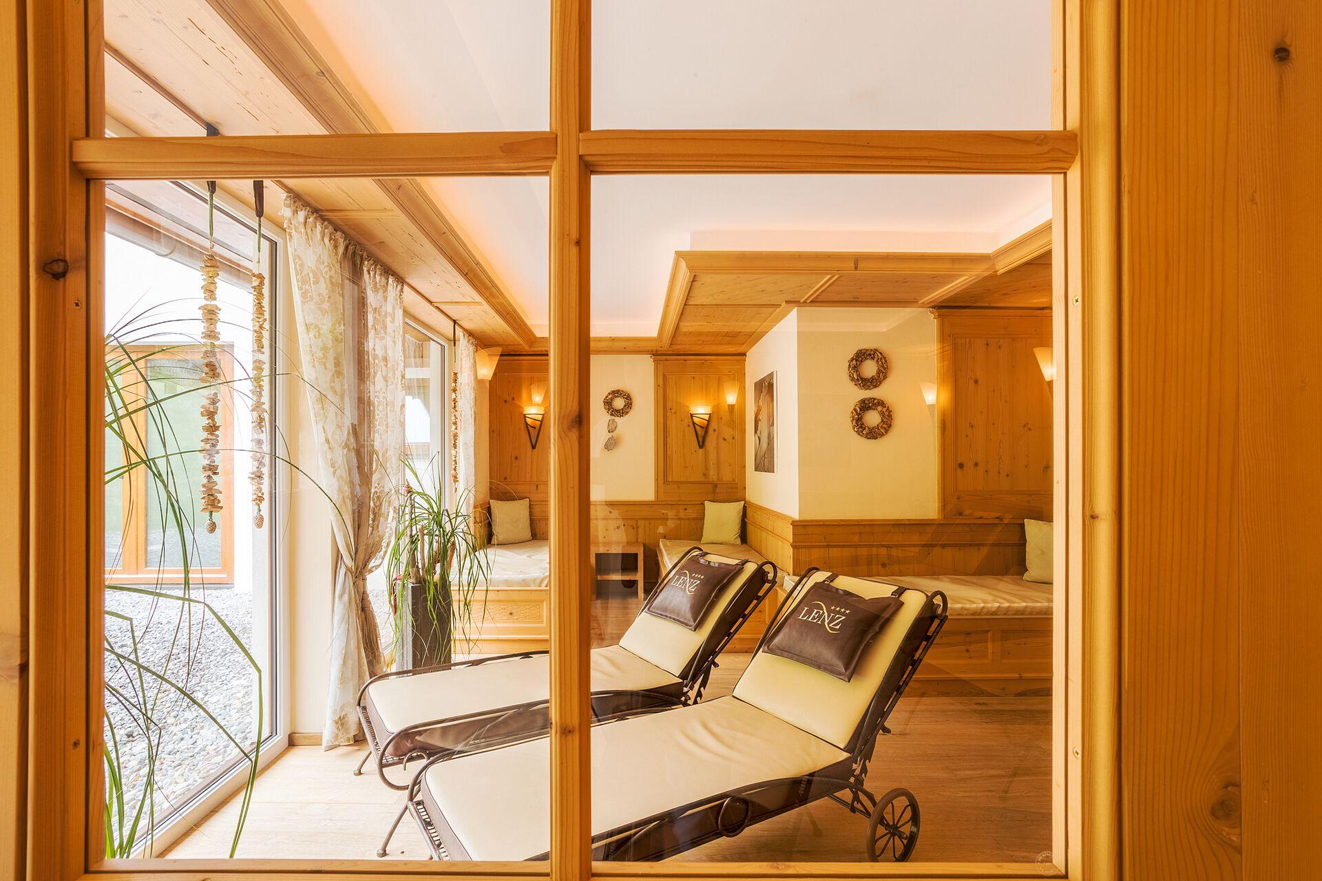 Wellnessbereich in Ihrem 4 Sterne Hotel Lenz