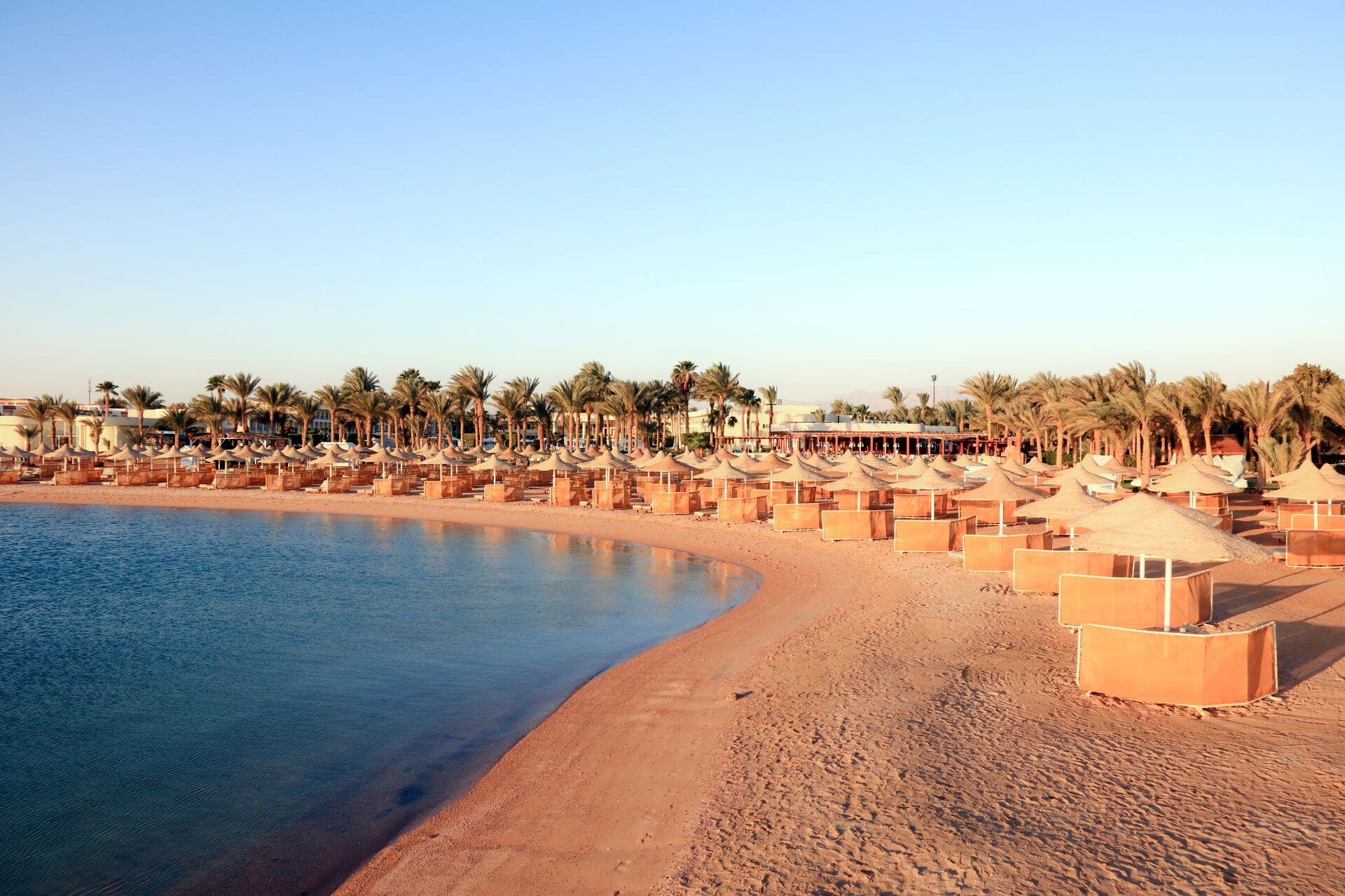Strand in Ihrem 5-Sterne LABRANDA Royal Makadi