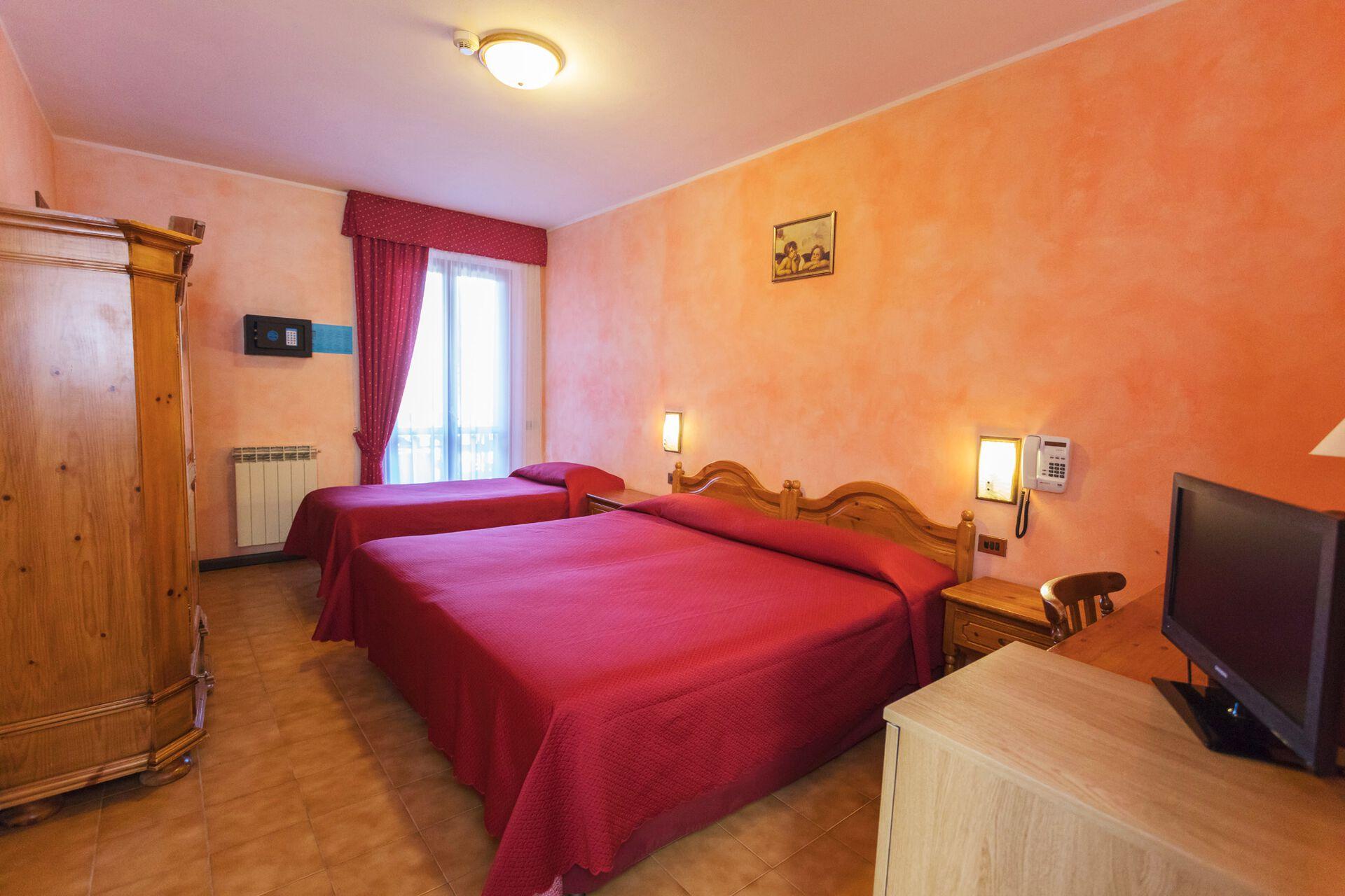 Wohnbeispiel Doppelzimmer 1 Zustellbett in Ihrem 3-Sterne-Hotel Belvedere