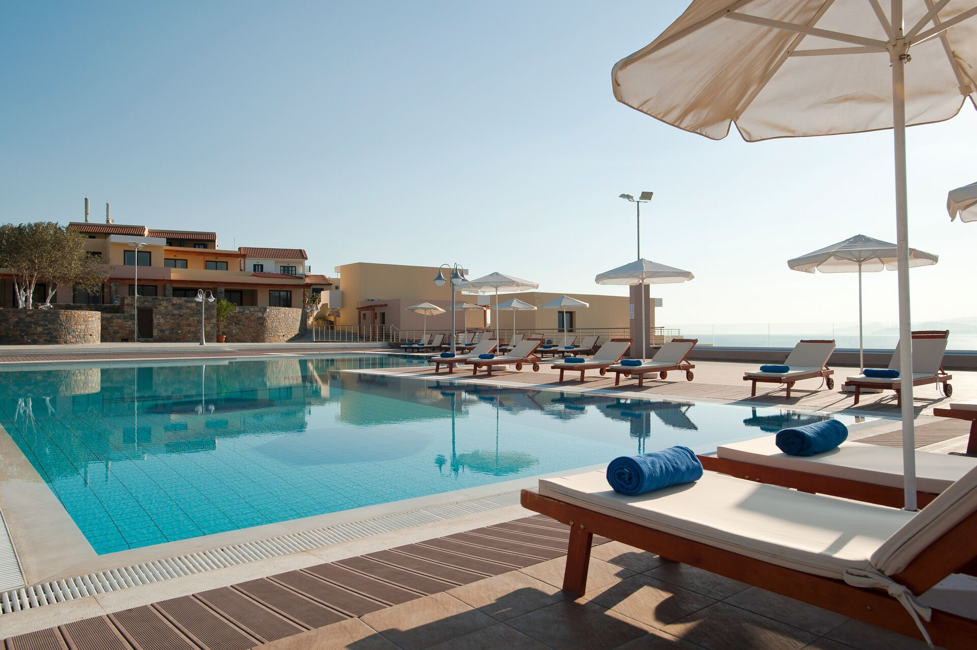 Pool in Ihrem 4* Miramare Resort & Spa