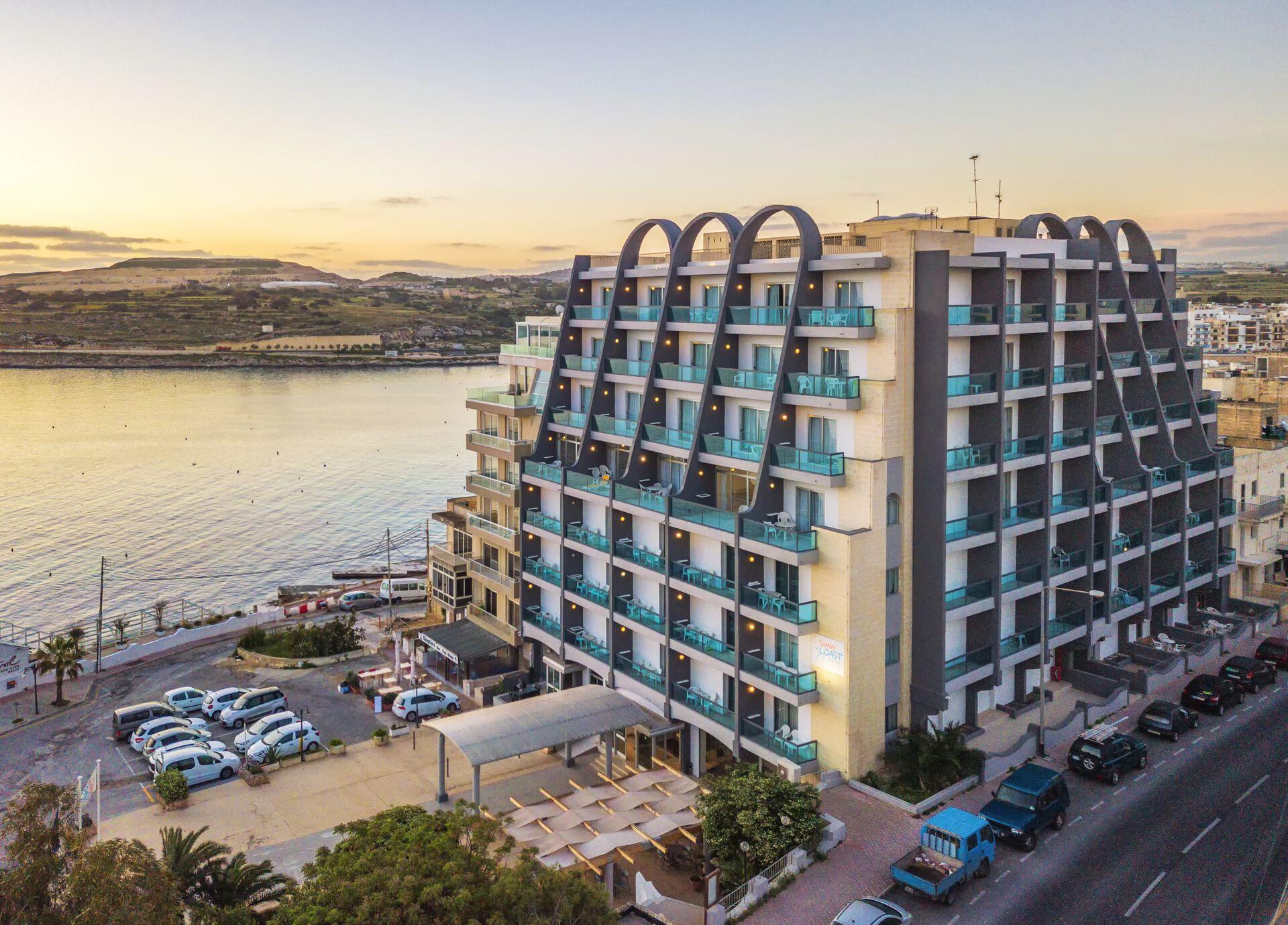 AX Sunny Coast Resort & Spa - 4*