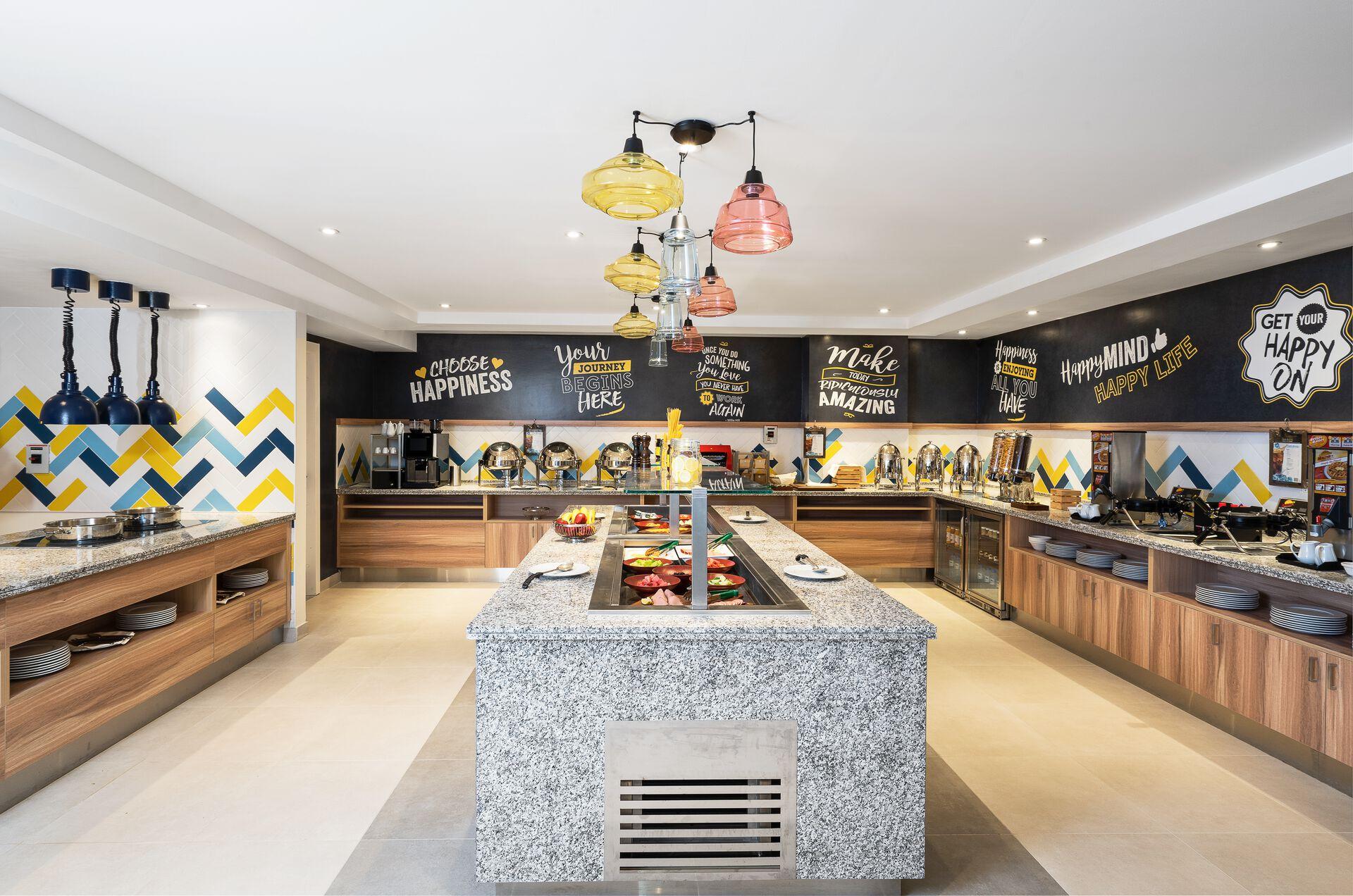 Hampton by Hilton Dubai Al Barsha - 3*