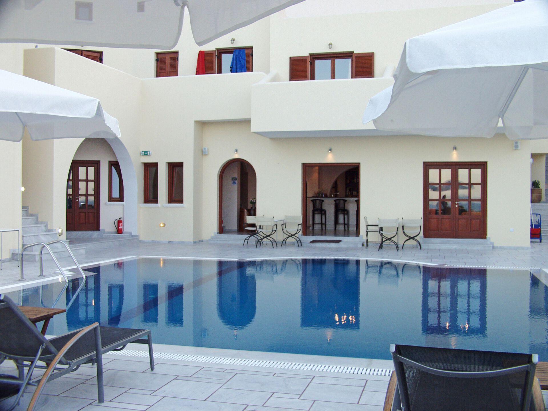 Epavlis Hotel - 4*