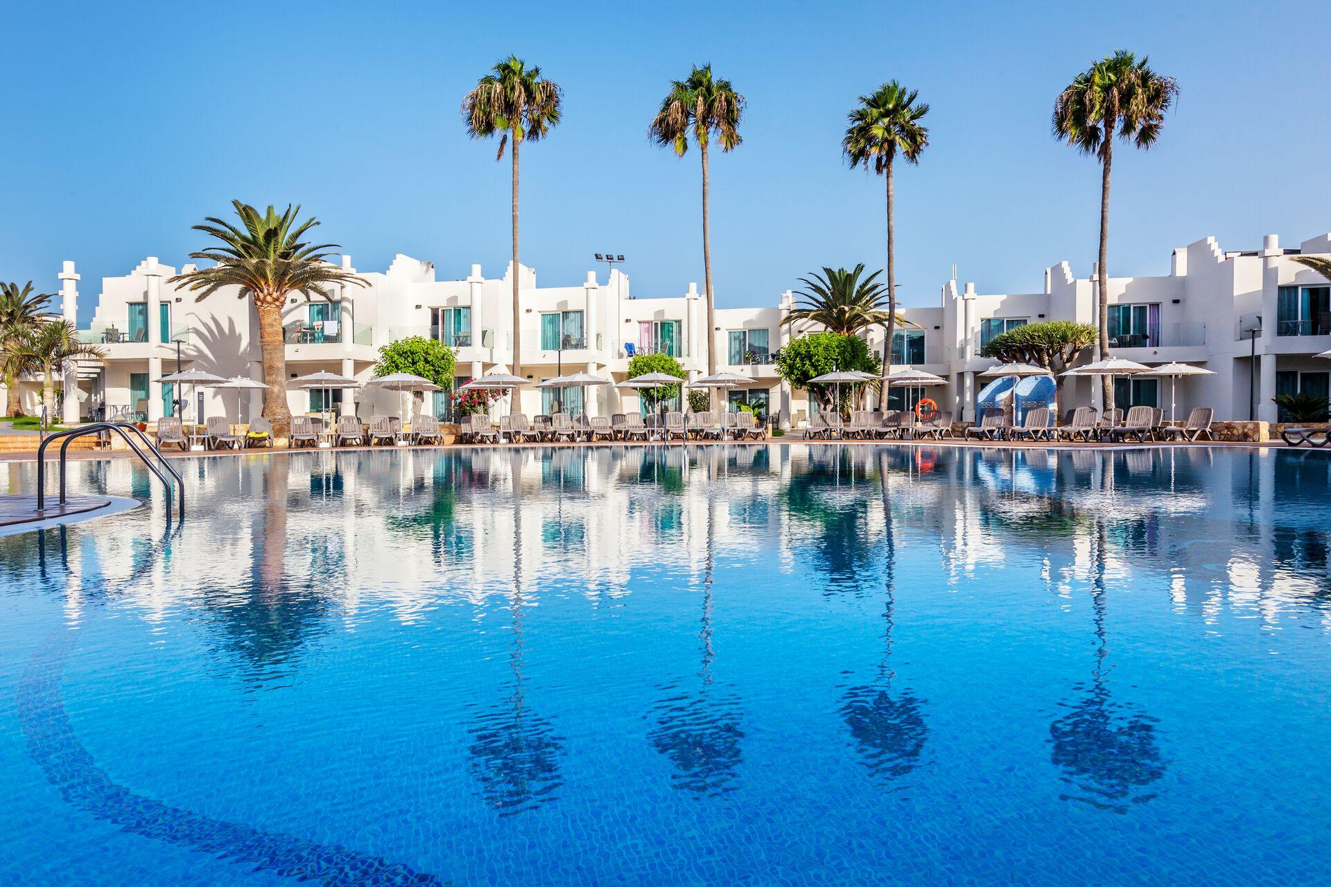 Hotel Barceló Corralejo Sands 4 Fuerteventura Canaries Canaries Espagne Avec Voyages Leclerc Fti Ref 666291 Mars 2021 Avril 2021 Mai 2021
