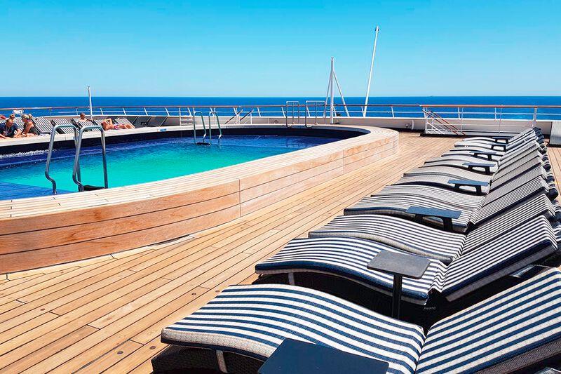 VASCO DA GAMA - Sonnendeck mit Pool