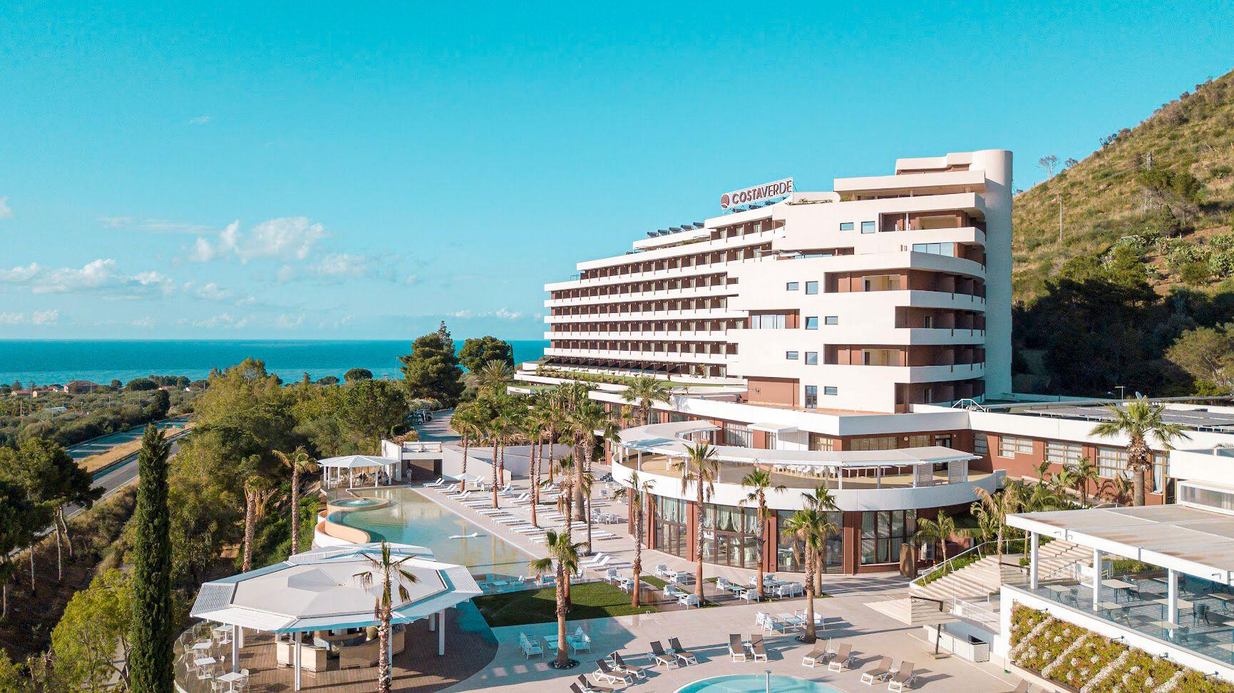 Costa Verde - 4*