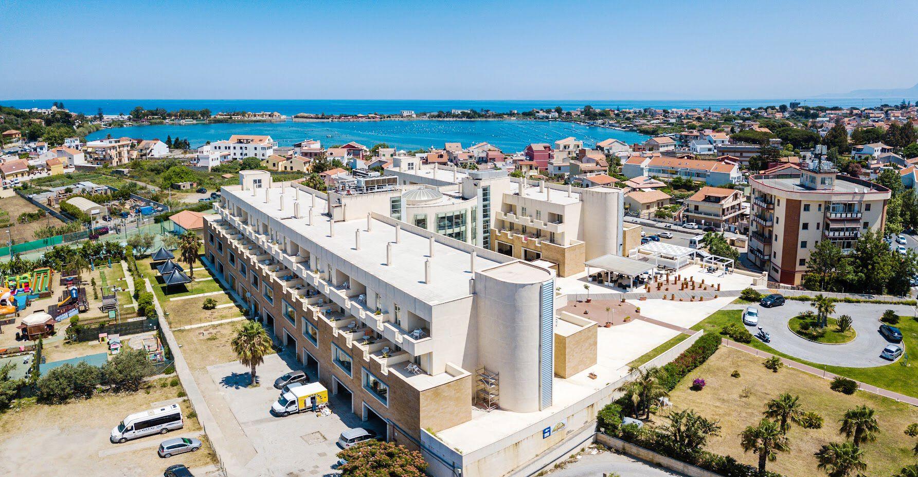 Capo Peloro Resort - 4*