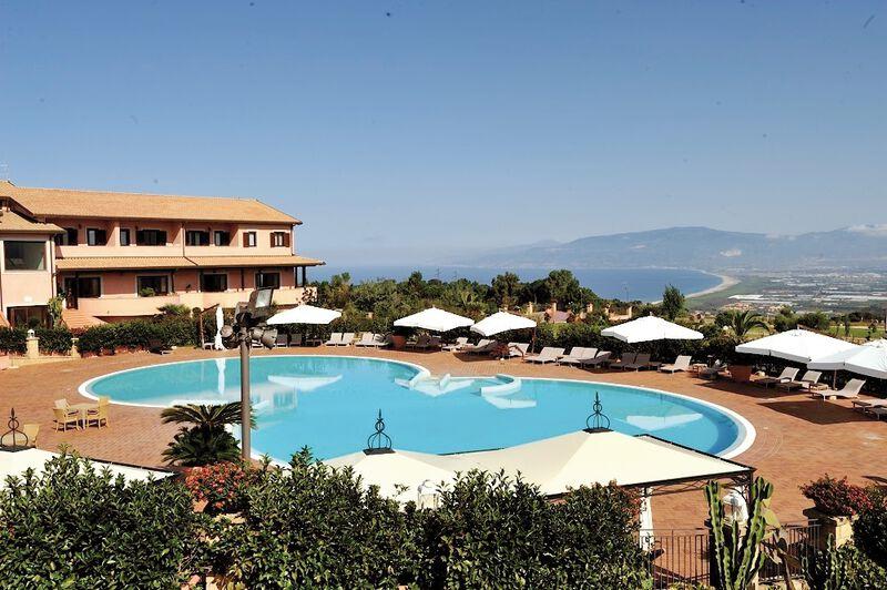 Hôtel Popilia Country Resort 4*