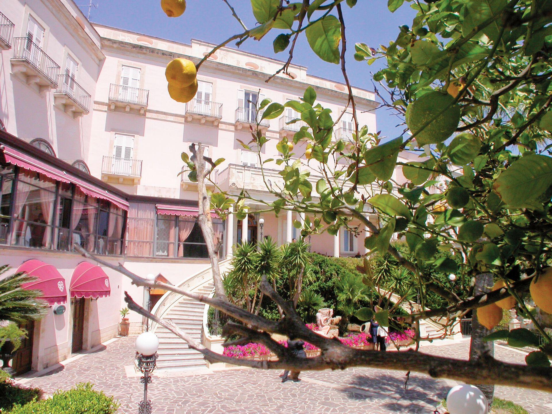 Grand Hotel Villa Politi - 4*
