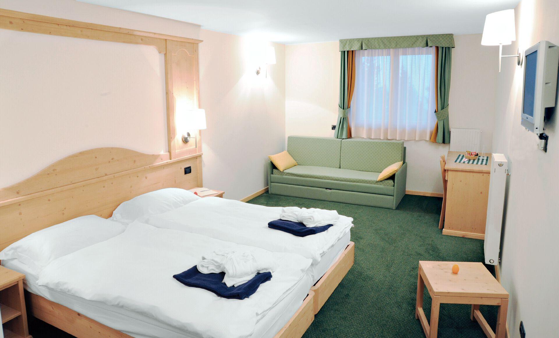 Wohnbeispiel Juniorsuite in Ihrem 4-Sterne-Hotel Alpine Mugon