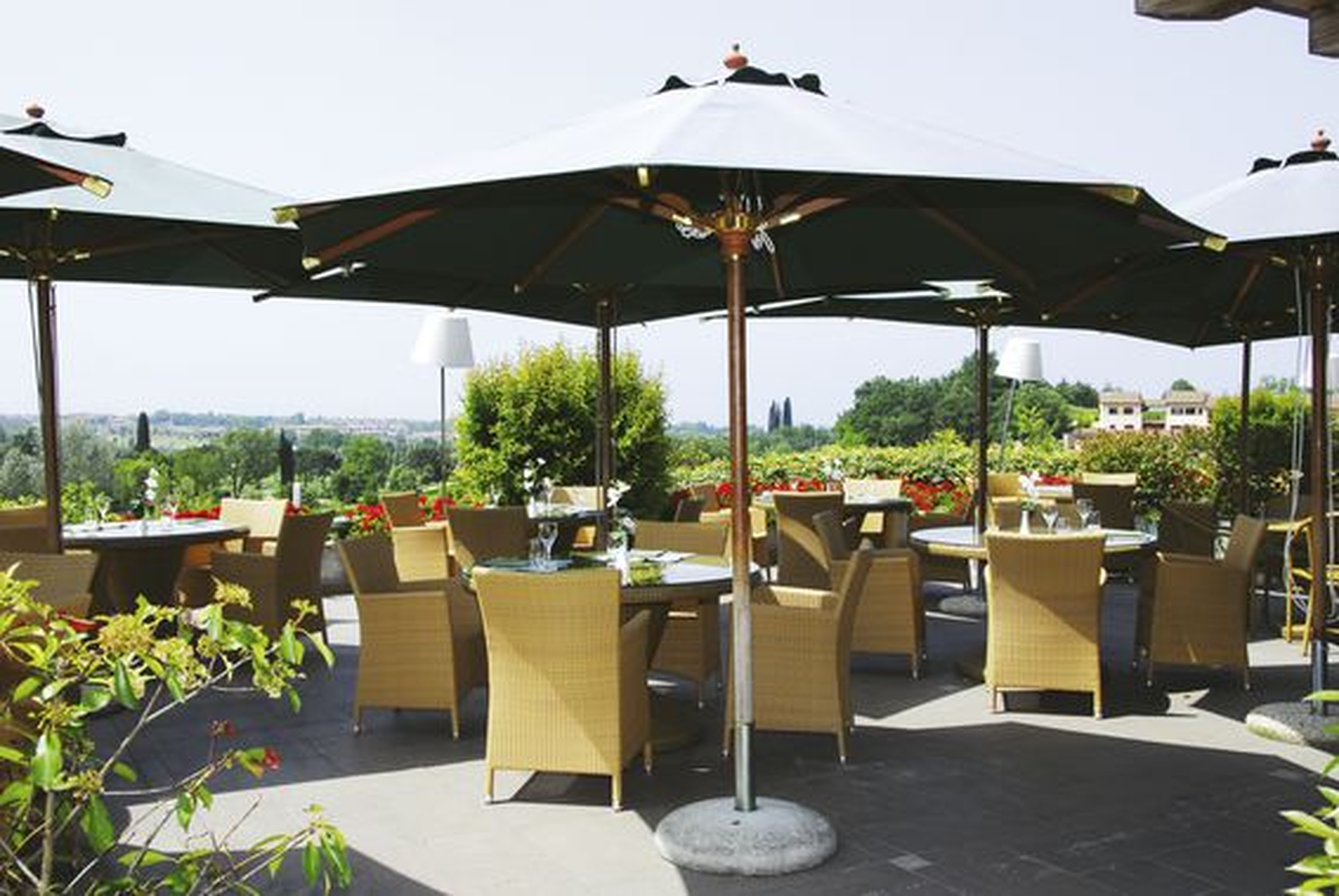 Terrasse in Ihrem 4-Sterne-Active Hotel Paradiso & Golf