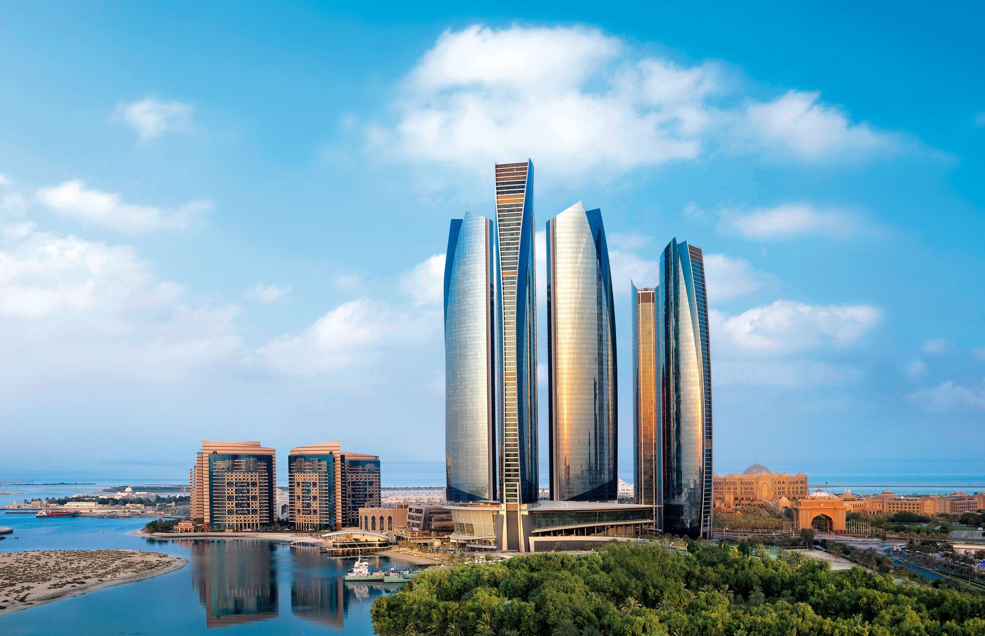 5* Conrad Abu Dhabi Etihad Towers & 5* Hilton Dubai Al Habtoor City & 5* Rixos Bab Al Bahr
